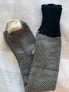 Speckled Noir Cozy Socks