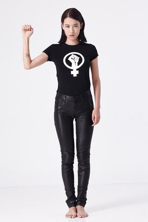 Female Power Tee (Black or White) - L'école Des Femmes