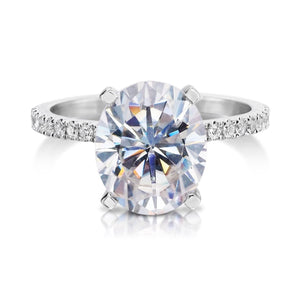 Forever One Moissanite Oval Diamond Engagement Ring 18kt White Golld
