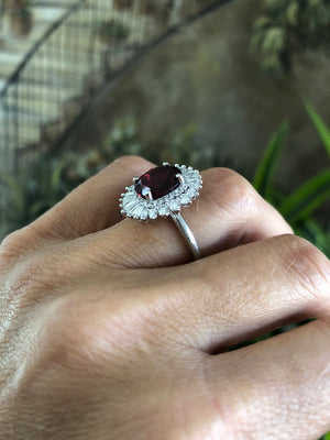 Garnet Oval Diamond  Engagement Ring 18kt White Gold