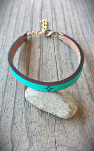 Leather Zia Symbol Bracelet in Turquoise