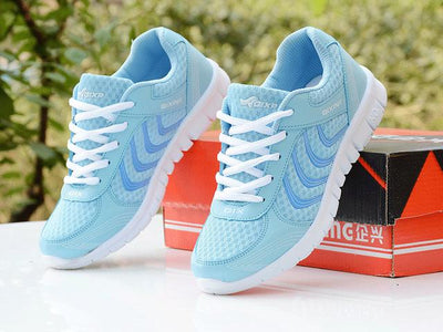 Womens Tennis Sport Shoes - Blue / 4.5