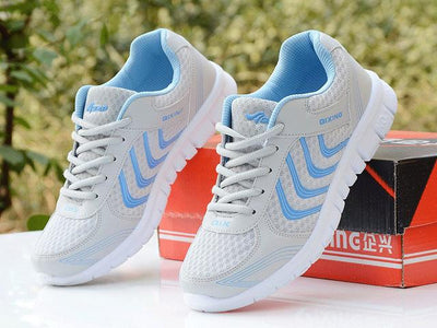 Womens Tennis Sport Shoes - Gray / 4.5