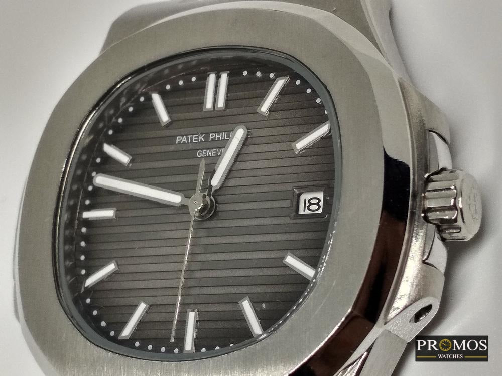 Nautilus 5711 Silver Style - Automatic Movement Gris Dial Watches