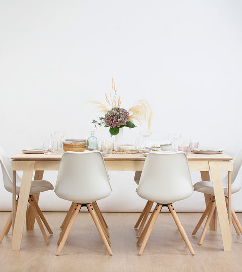 10 reasons you're having relationship issues with your dining space
