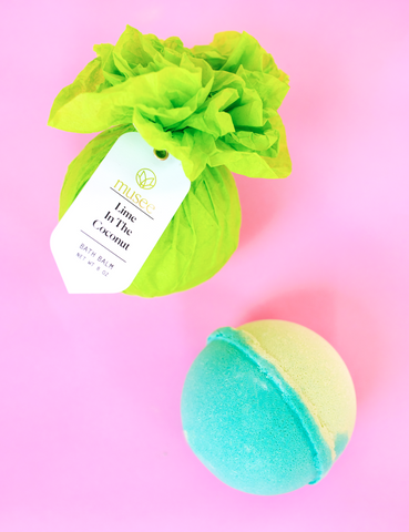 BATH BOMB-LIME IN THE COCONUT
