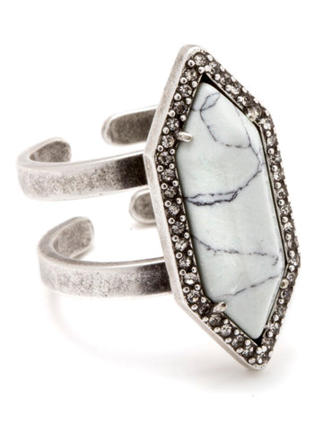 LUNA SPEAR RING-WHITE HOWLITE,ADJUSTABLE