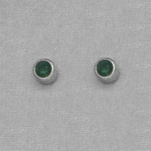SINGLE SILVER BEZEL MAY (GREEN) EAR PIERCING STUD 3MM, FOR SENSITVE EARS. SURGICAL STAINLESS STEEL. NICKEL & ALLERGY FREE.