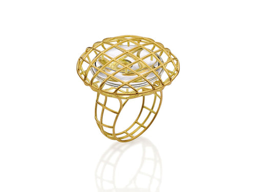 "18K Yellow Gold and Quartz ""Suspenso"" Ring"
