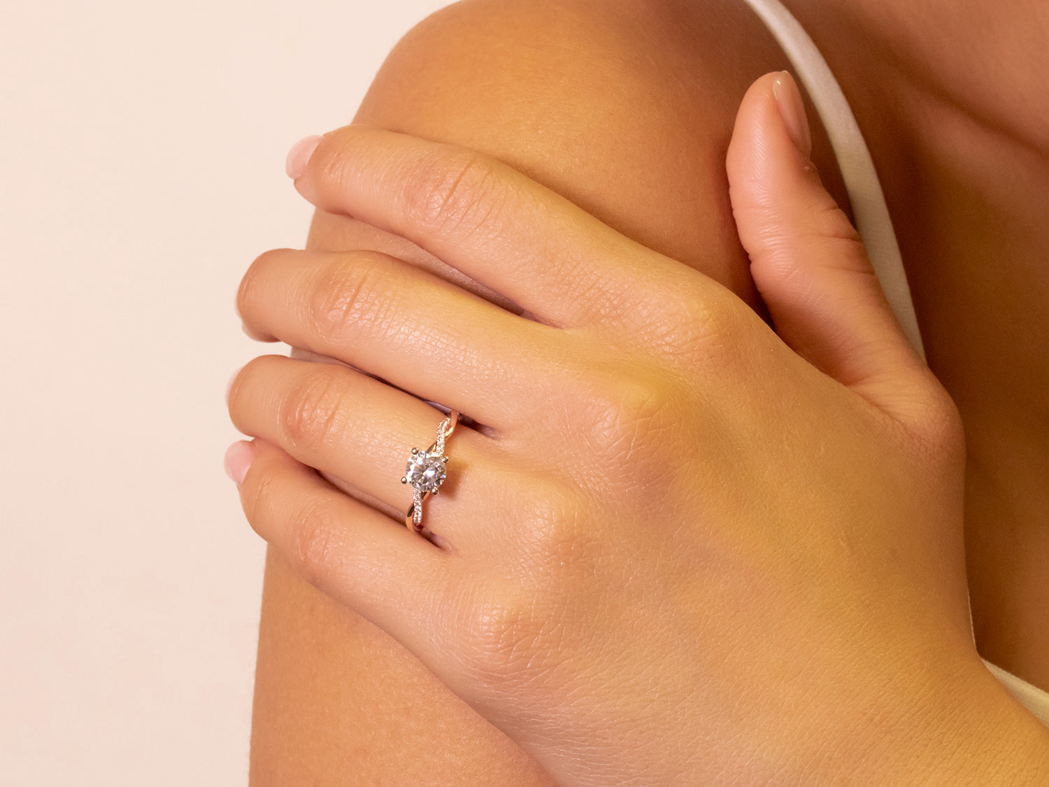 18K White and Rose Gold  Engagement Ring Mounting.