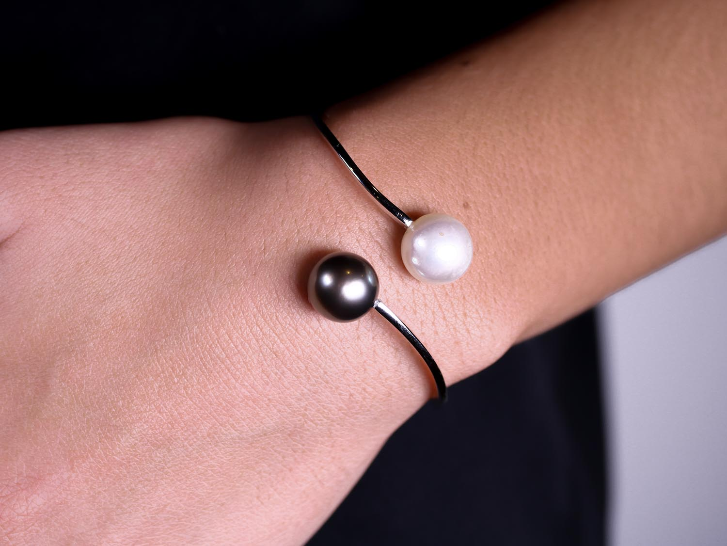 South Sea and Tahitian Pearl Bracelet in White Gold