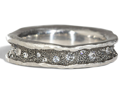 18K White Gold and Platinum Men's Wedding Band