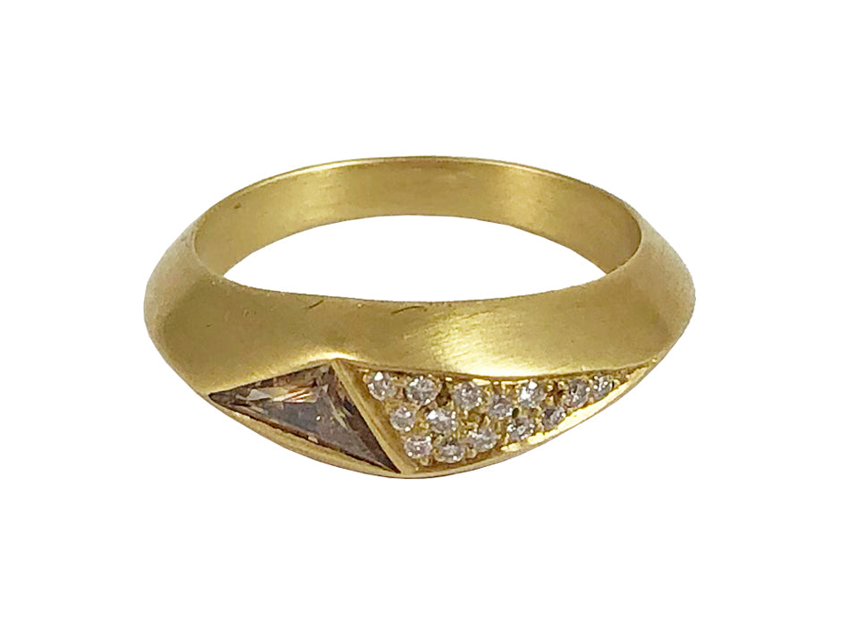 18K Yellow Gold and Trapezoid Brown Diamond Ring