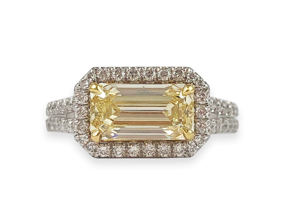 Yellow Diamond Engagement Ring in Yellow Gold
