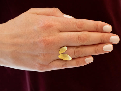 "18K Yellow Gold ""Leaf"" Ring"