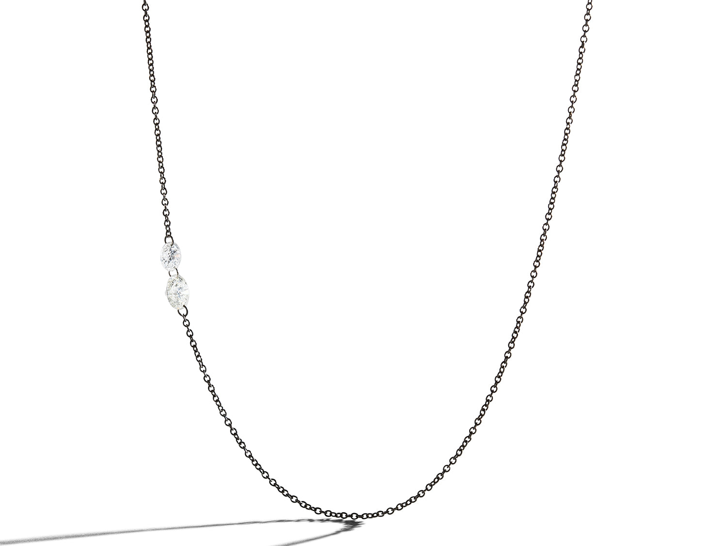 Free Set Round Diamond Chain Necklace in White Gold