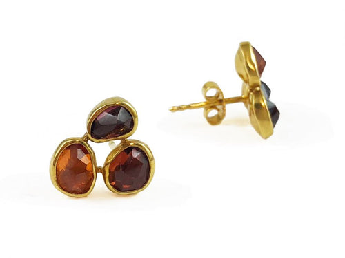 18K Yellow Gold and Garnet Earrings