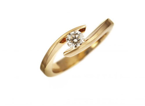 Schaffrath Rose Gold and Diamond Solitaire Engagement Ring in Washington DC