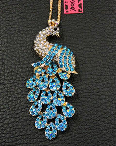 Betsey Johnson Peacock Necklace - White/Teal