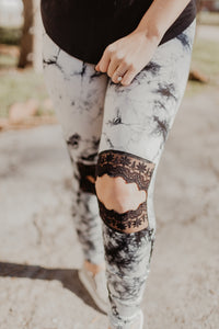 Tie Dye Lace Knee Leggings