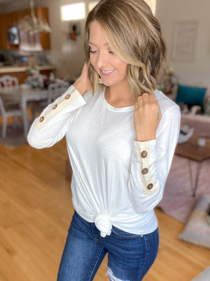 DOORBUSTER Best Guess Top {MULTIPLE COLORS} {FINAL SALE}