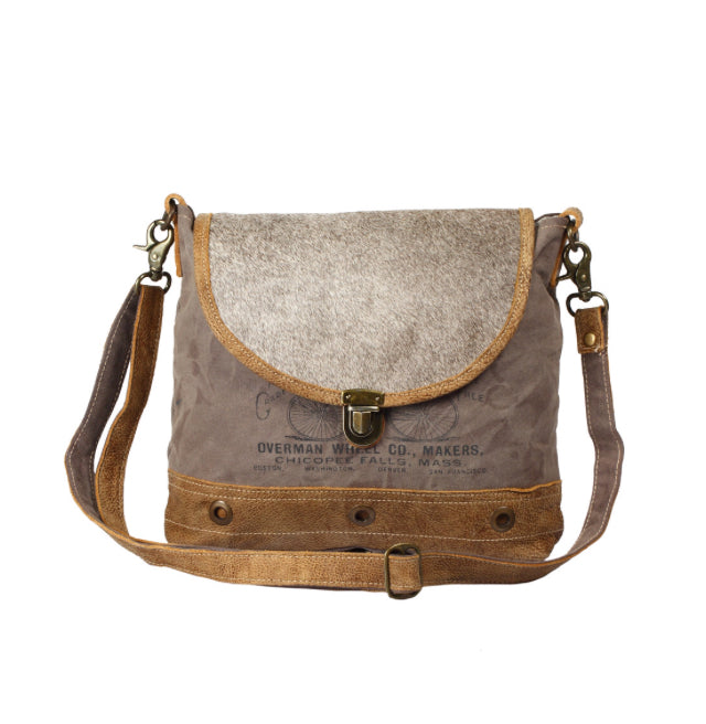Roan Messenger Bag