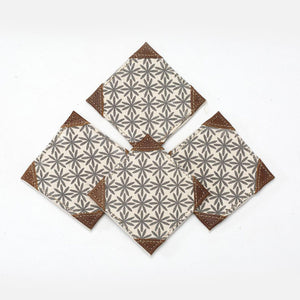 WHITE FLOWER DESIGN COASTER SET OF 4 PCS