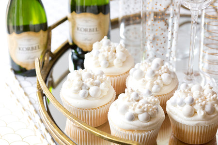 New Year's Eve Dessert: Bubbly Champagne Cupcakes | Bakell.com