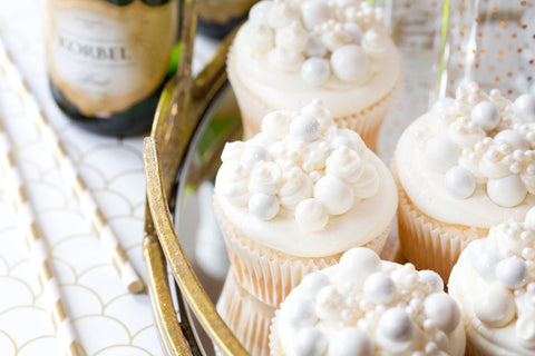 New Year's Eve Dessert, Bubbly Champagne Cupcakes Recipe | Bakell.com