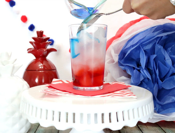 4th of July Red, White and Blue Glitter Cocktail Recipe | Bakell Blogs