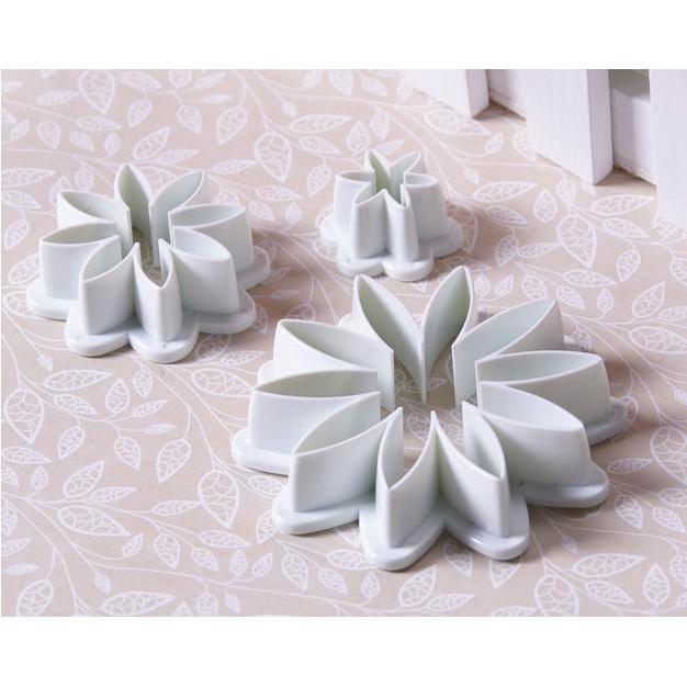 3 PC Set Daisy Flower Sugarcraft Cutters-Decorating Tools-Bakell- | Bakell.com