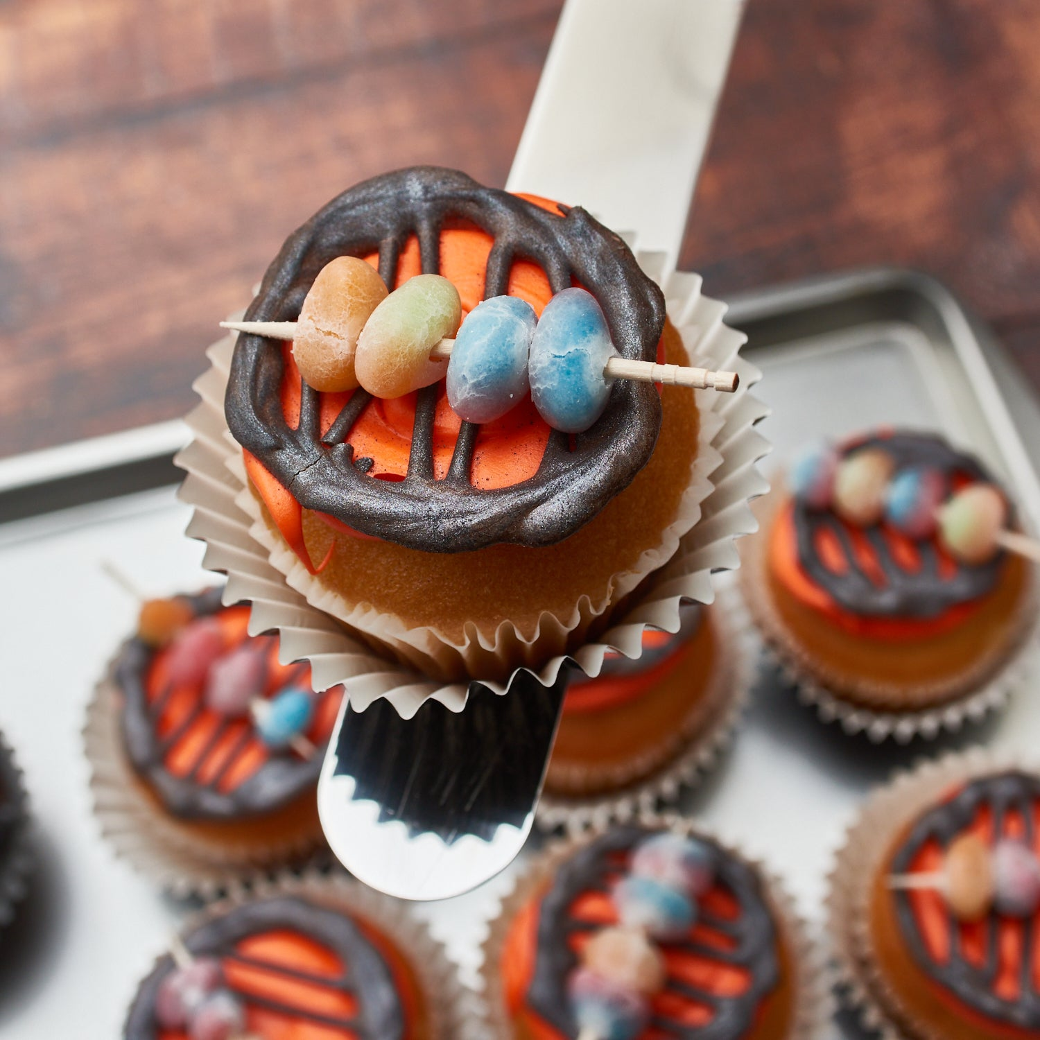 DIY BBQ Grill Cupcakes Bakell Edible glitter Luster Dust