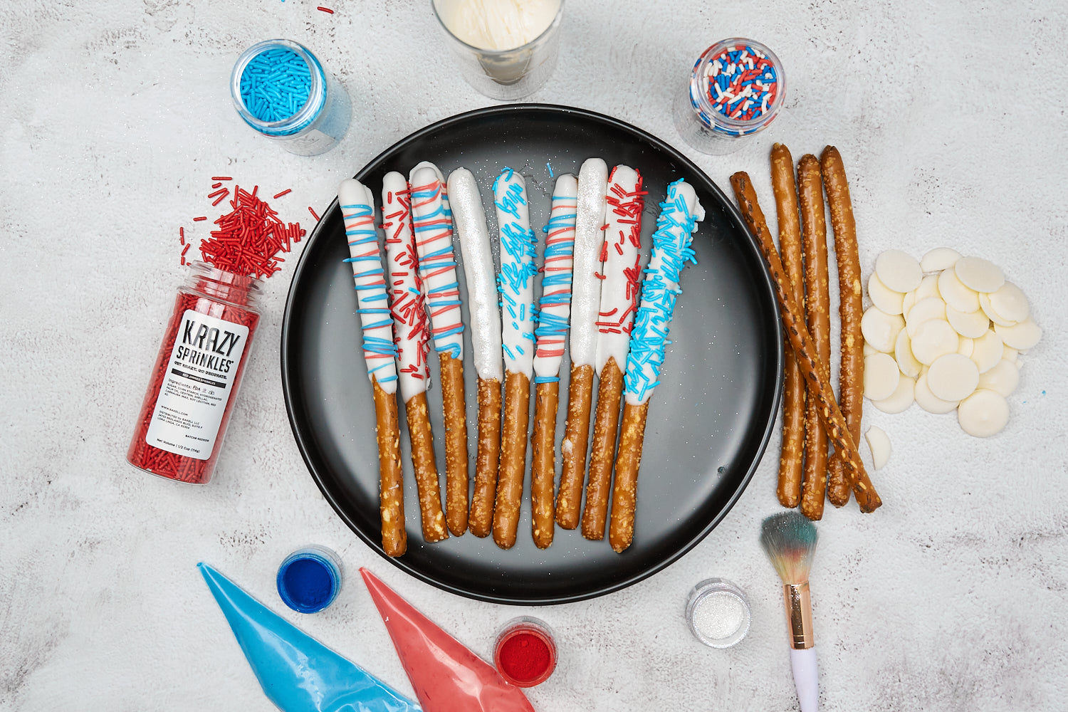 Independence Day pretzel sticks with edible glitter Bakell