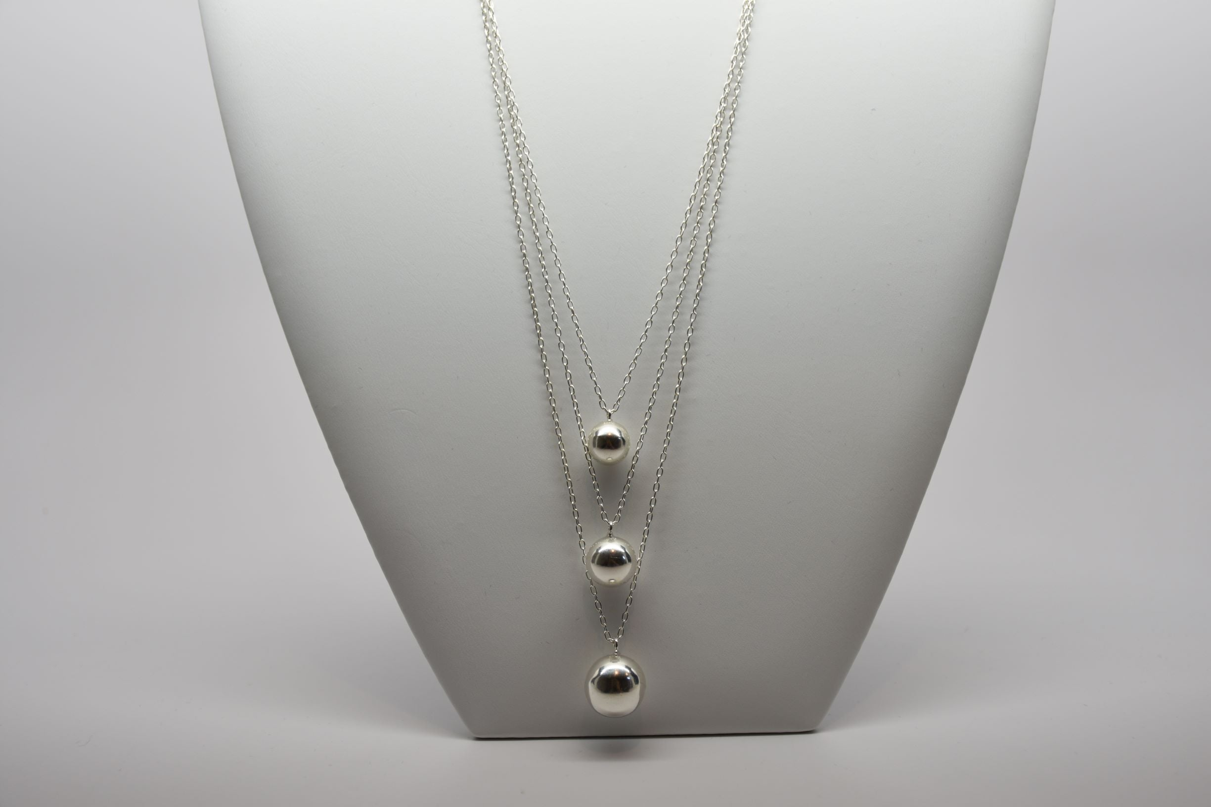 Irish Assayed Triple Sterling Silver Hallmarked Necklace N808/29/11/18