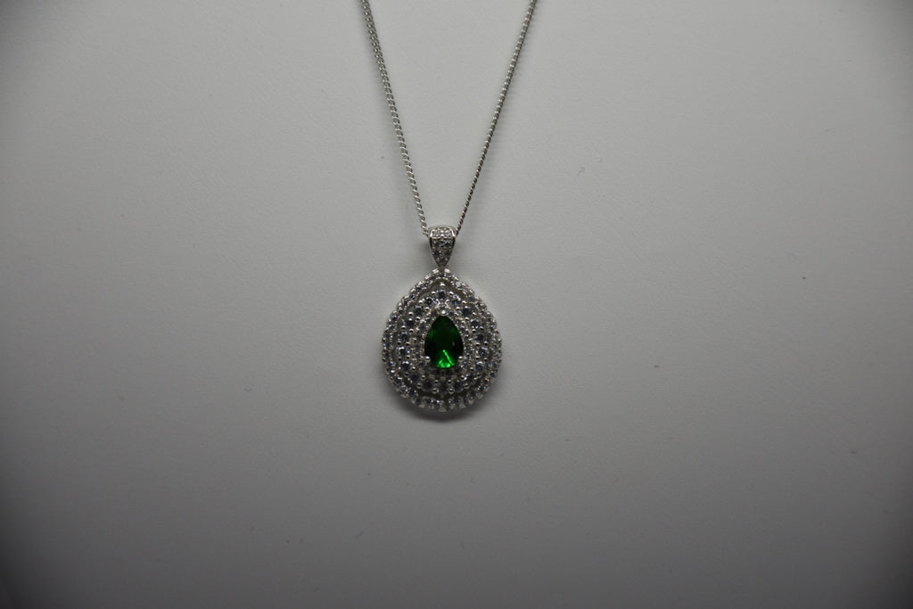 Emerald Green Sterling Silver Pendant & Chain 31/10/11/18