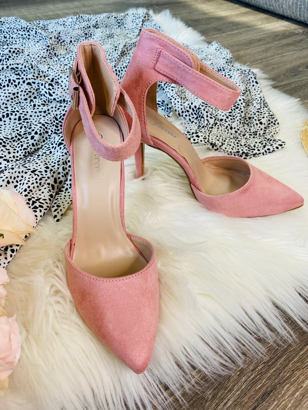 Classy Pink Pointed Heels - The Darling Style