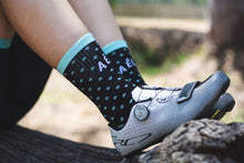 Load image into Gallery viewer, AĒLO Women's Essential Black Socks