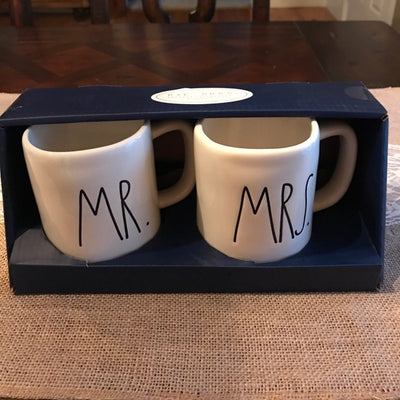 Mr. and Mrs. Mug Set