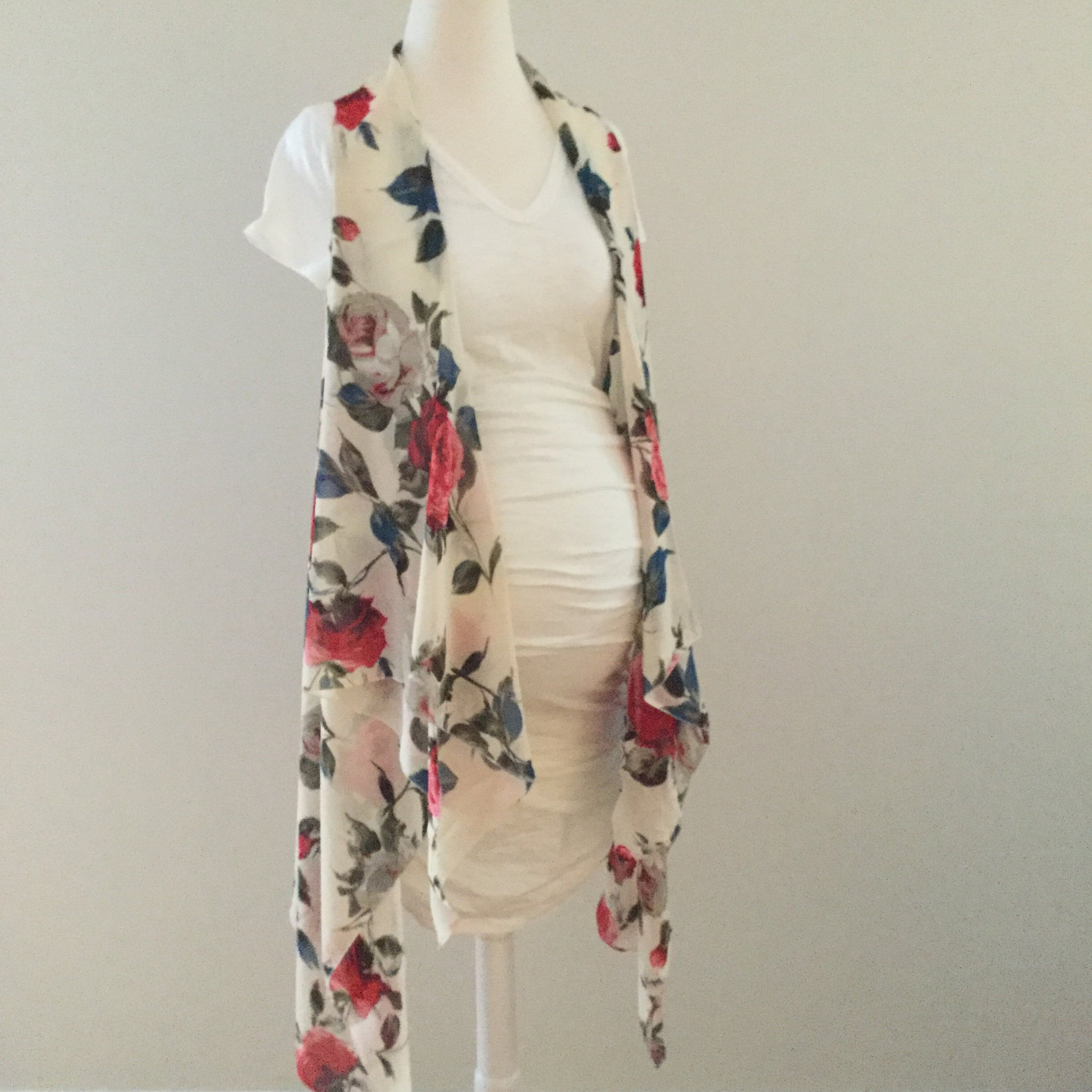 Sleeveless Convertible Shawl with Roses