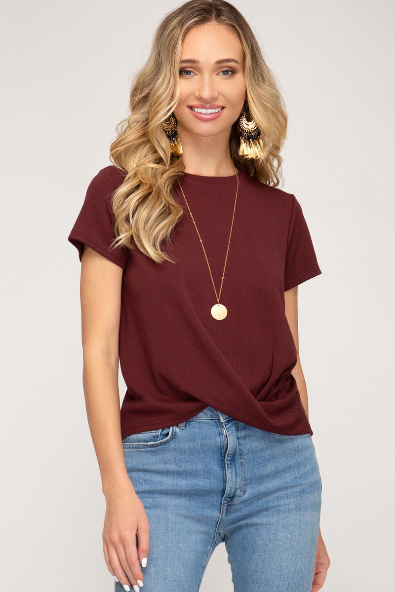 MAROON RIBBED SHORT SLEEVE TOP - Erin Edit Shop