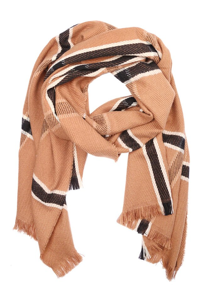 BLACK + TAN BLANKET SCARF