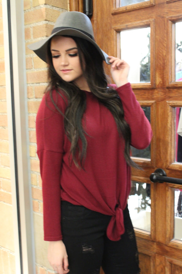 Kaycie Sweater Top in Burgundy
