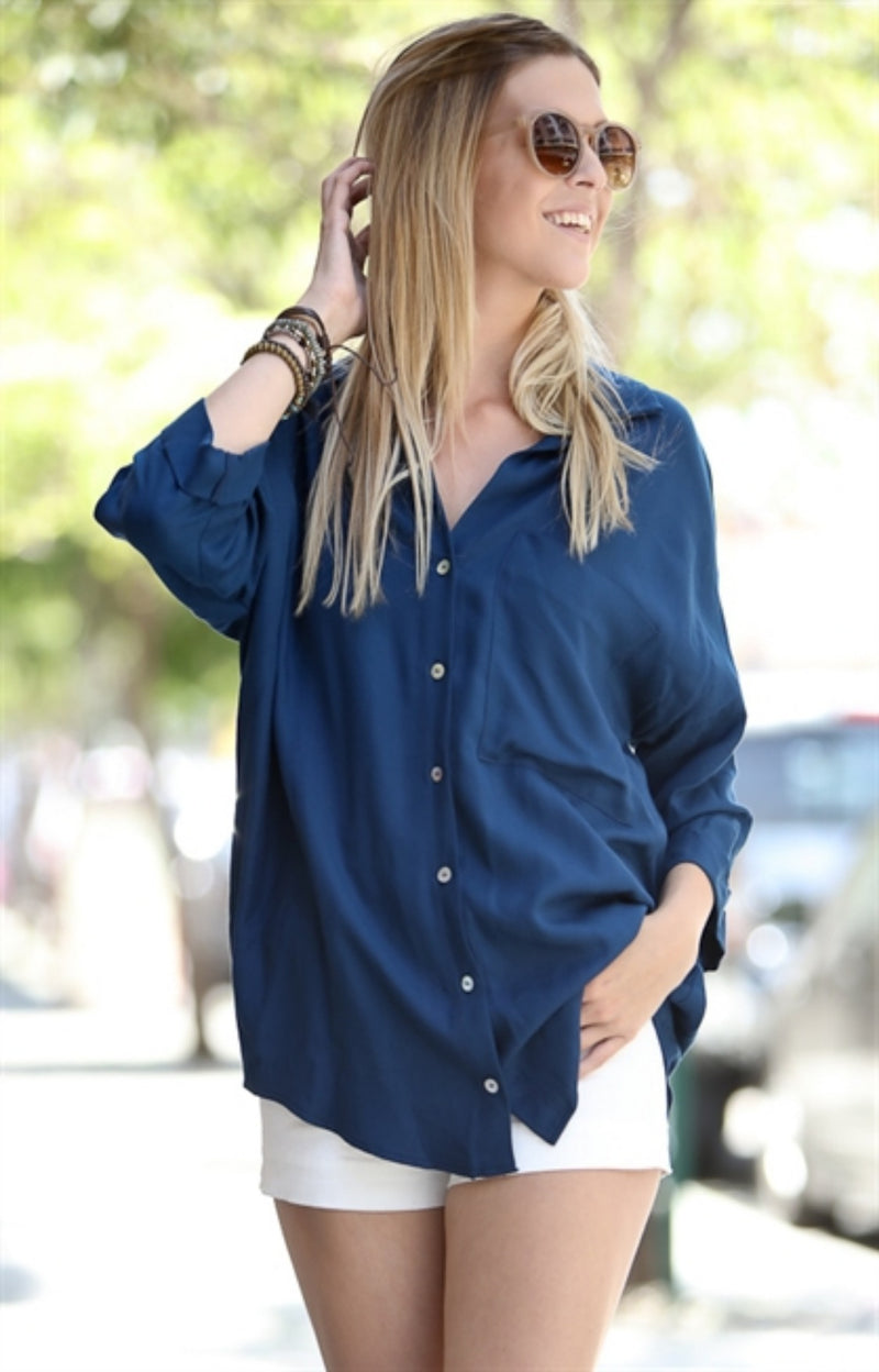 Relax Lady blue button down
