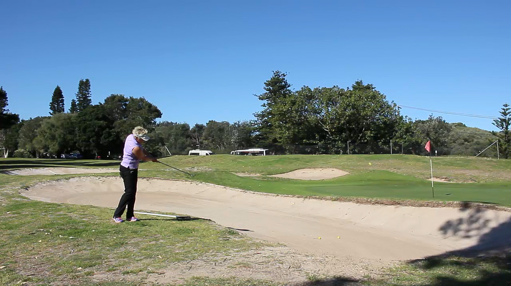 #123 Web TV: Hitting Over Bunker - Get The Right Distance