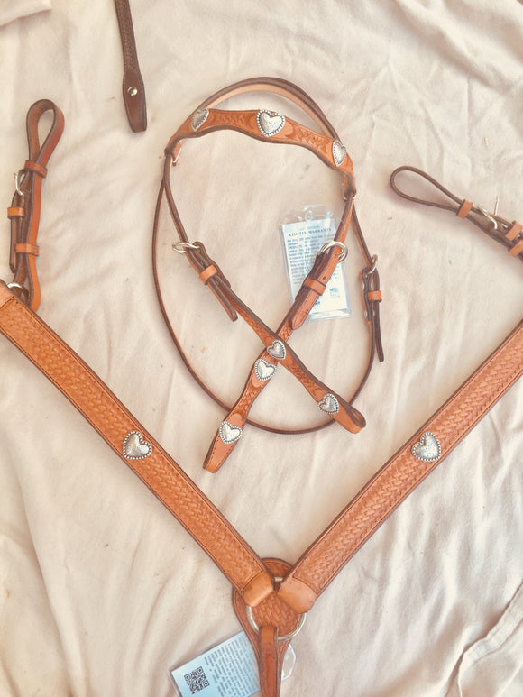 Antique Heart Bridle & Breast Collar Set Western