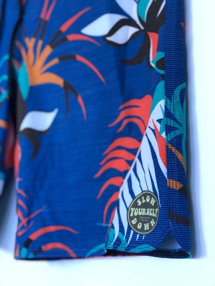 YOUTH GROOVY BOARD SHORTS