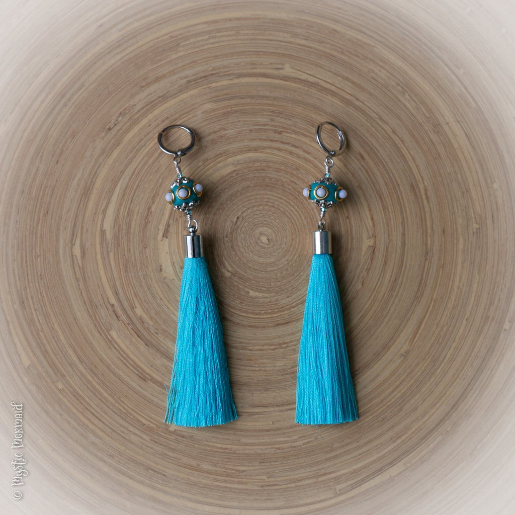 Flow your own way – Aqua Blue Turkish Silk & Stainless Steel Leverback earrings