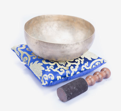 Tibetan Singing Bowls - Special handmade singing bowl for chakra healing and sound therapy