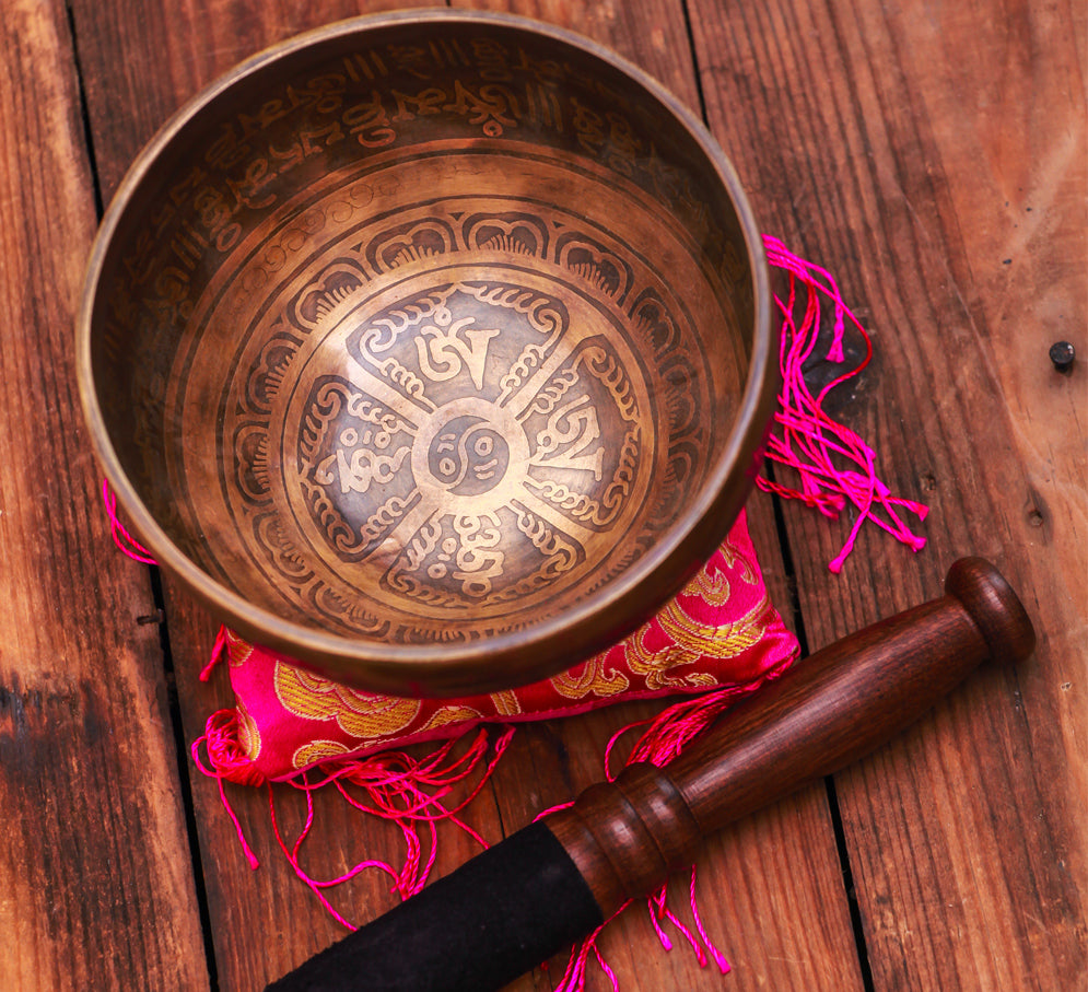 Mantra Antique Jam Bati Tibetan Bowl Silk Cushion and Wooden Mallet