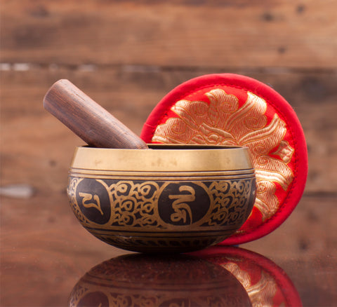 Golden Etching Tibetan Singing Bowl Handmade in Nepal